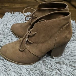 Camel brown pointy toe ankle booties
